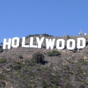Hollywood Font
