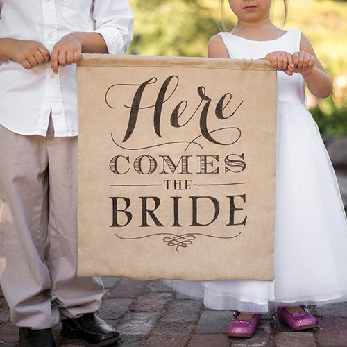 rustic here comes the bride sign featuring footlight font