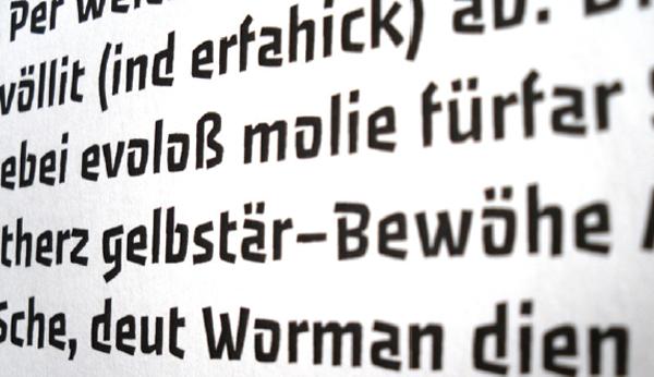 Passero – Free Display Sans Serif Font Poster B