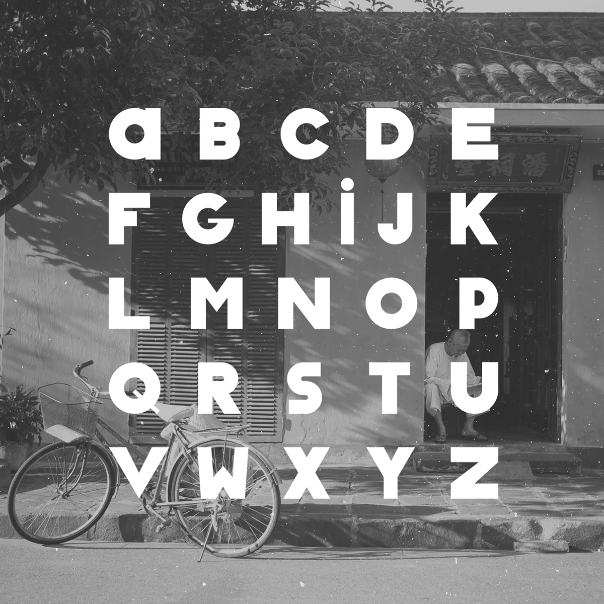 Classique Saigon – Free Thick Geometric Font Poster C